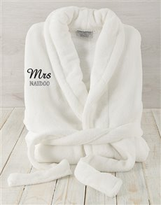 gifts: Personalised Mrs White Fleece Gown!