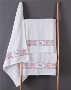 gifts: Personalised Watercolour Floral White Towel Set!