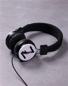 gifts: Personalised Paint Initial Headphones!