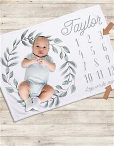 gifts: Personalised Wreath Milestone Blanket!