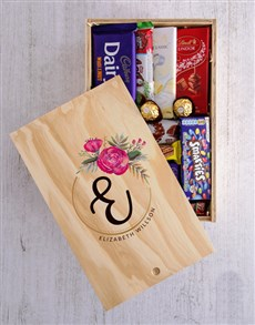 gifts: Personalised Floral Initial Chocolate Crate!