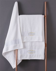gifts: Personalised Mnr & Mev White Towel Set!