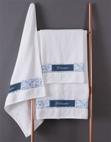 gifts: Personalised Blue Print White Towel Set!