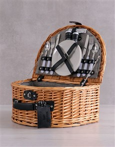gifts: Personalised Picnic Basket For Two!