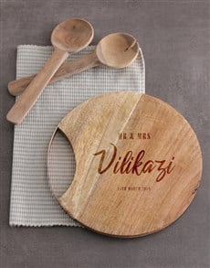 gifts: Personalised Mr & Mrs Round Chopping Board!