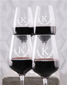 gifts: Personalised Wreath Monogram Wine Glass Set!