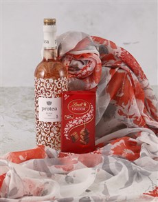 gifts: Fabulously Floral Scarf Hamper!