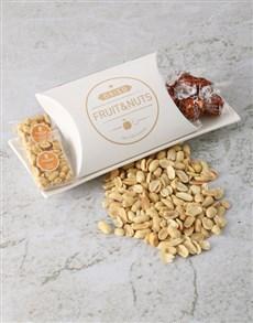 gifts: Maxwell & Williams Snack Platter Hamper!