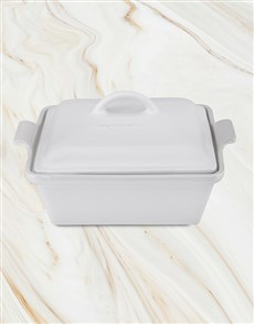 gifts: Le Creuset Heritage Dish!