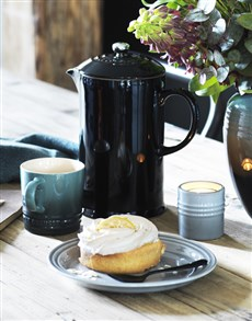 gifts: Le Creuset Black Coffee Pot!