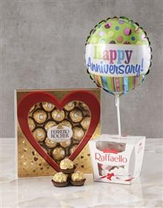 gifts: Ferrero Heart Sleeve Hamper!