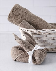 gifts: Pebble Bunny Towel Set!