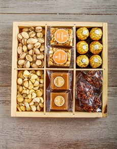 gifts: Nuts and Fudge Crate !