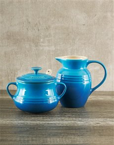 gifts: Le Creuset Cream and Sugar Set!