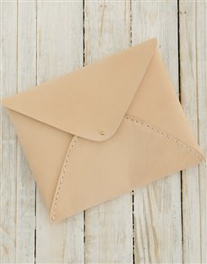 gifts: Ilundi Heirloom Oyster Envelope Clutch!