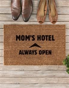 gifts: Moms Hotel Doormat!