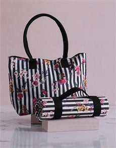gifts: Floral Sriped Tote Bag With Mat!