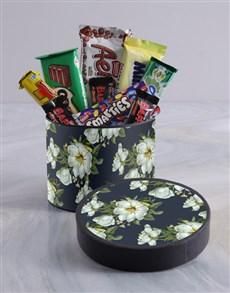 gifts: Vintage Floral Wrap Choc Hat Box !