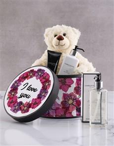 gifts: Charlotte Rhys Lovely Travel Set Hamper!