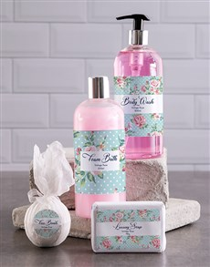 gifts: Bath And Body Bliss Gift Hamper!