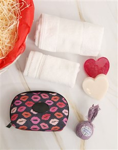 gifts: Covered in Kisses Bathtime Gift Basket !