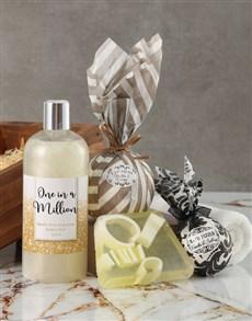 gifts: One in a Million Bath Hamper !