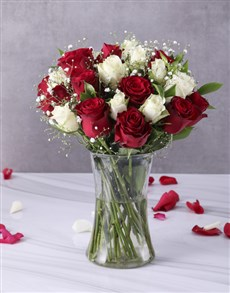 flowers: Red and White Roses in Clear Vase!