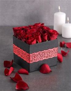 flowers: Elegant Red Rose Box !