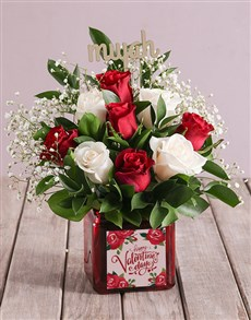 gifts: A Kiss Of Roses In A Vase!