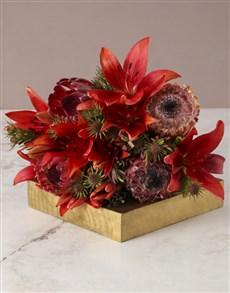 gifts: Bleeding Love Mixed Flower Arrangement!