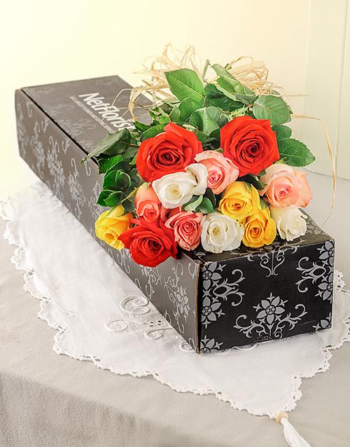colour: A Dozen Mixed Roses in a Box!