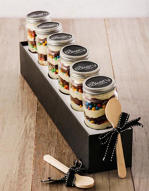 birthday: 6 Fun Fair Cupcakes in a Jar!