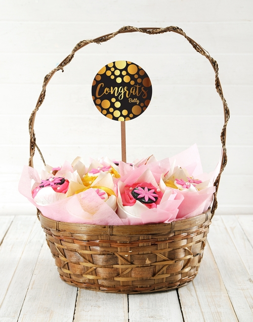 cupcake-bouquets: Personalised Floral Congrats Cupcake Bouquet!