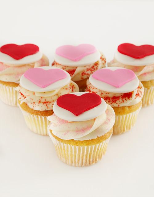 valentines-day: Vanilla Valentines Cupcakes!