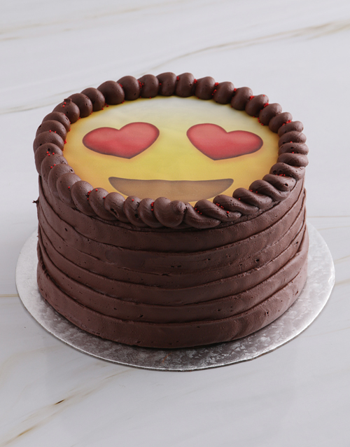 valentines-day: Love Emoji Chocolate Cake!