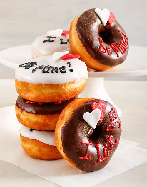 new-years: Love Ring Doughnuts!