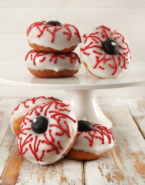 halloween: Eerie Eyeball Doughnuts!