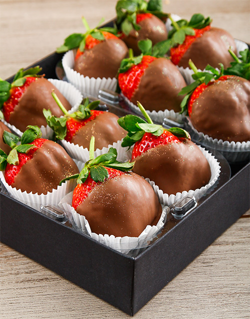 bakery: Milk Chocolate Dipped Strawberry Delight!