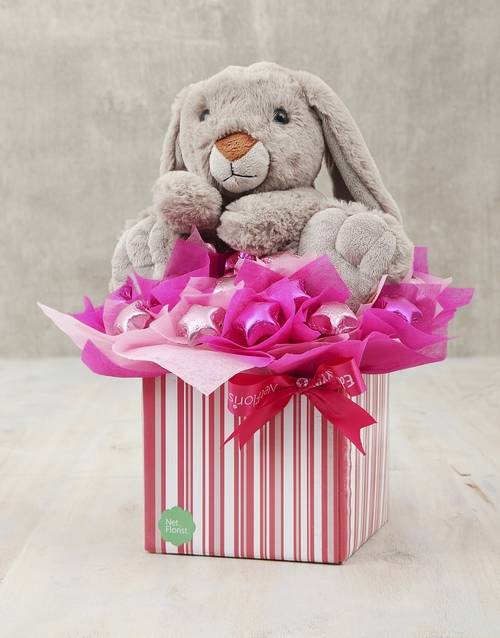 edible-chocolate-arrangements: Rabbit and Pink Choc Star Box!