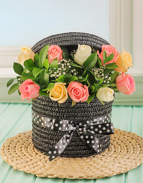 colour: Pastel Roses in a Hatbox!
