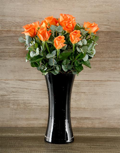 colour: Orange Roses in Black Vase!