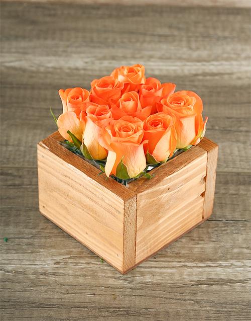 colour: Orange Roses in Wooden Box!