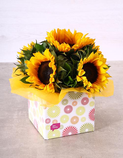 anniversary: Sunflowers in Circle Box!