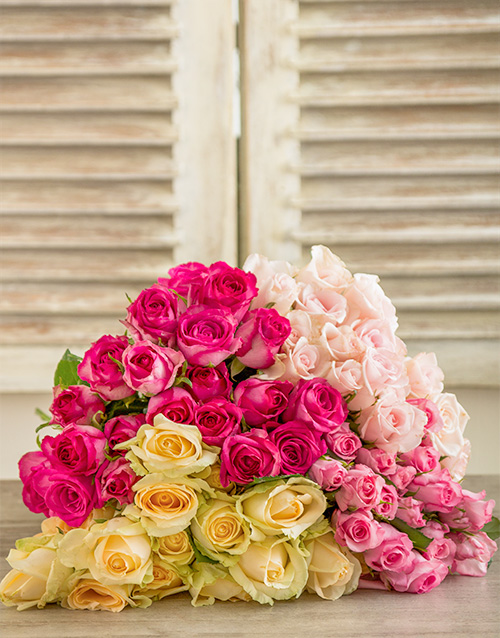 colour: Misha Southern Belle Rose Bouquet!