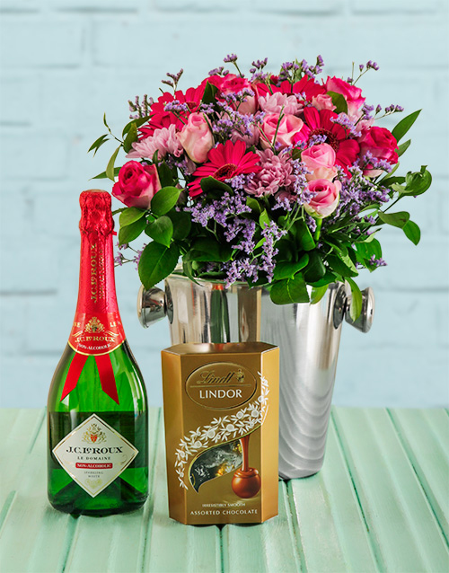 friendship: Pink Floral Gift!