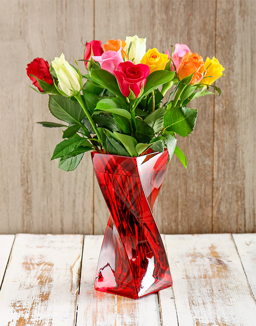 coloured-vases: Red Love Arrangement!
