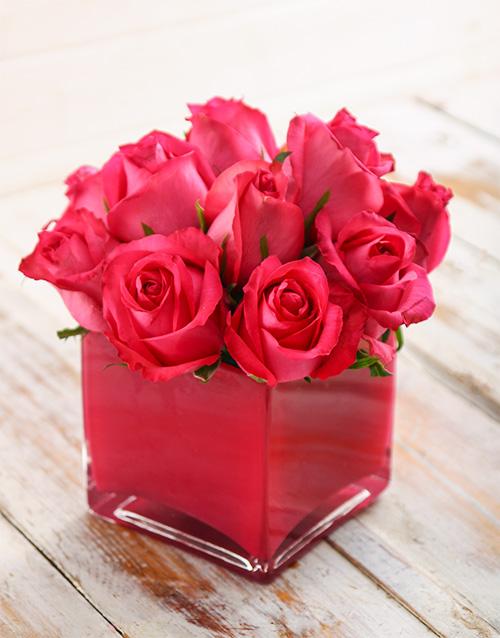 colour: Petite Pink Floral Arrangement!