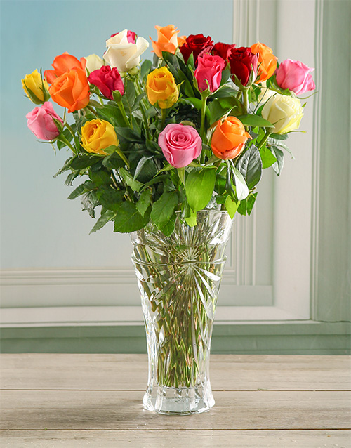 colour: Mixed Oasis Rose in a Crystal Vase!