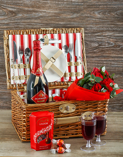 flowers: Red Rose Picnic Basket!