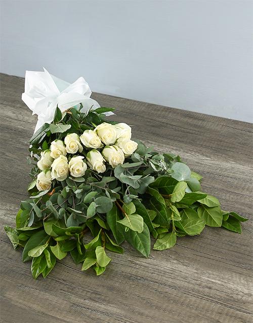 colour: Mystical White Rose Bouquet!